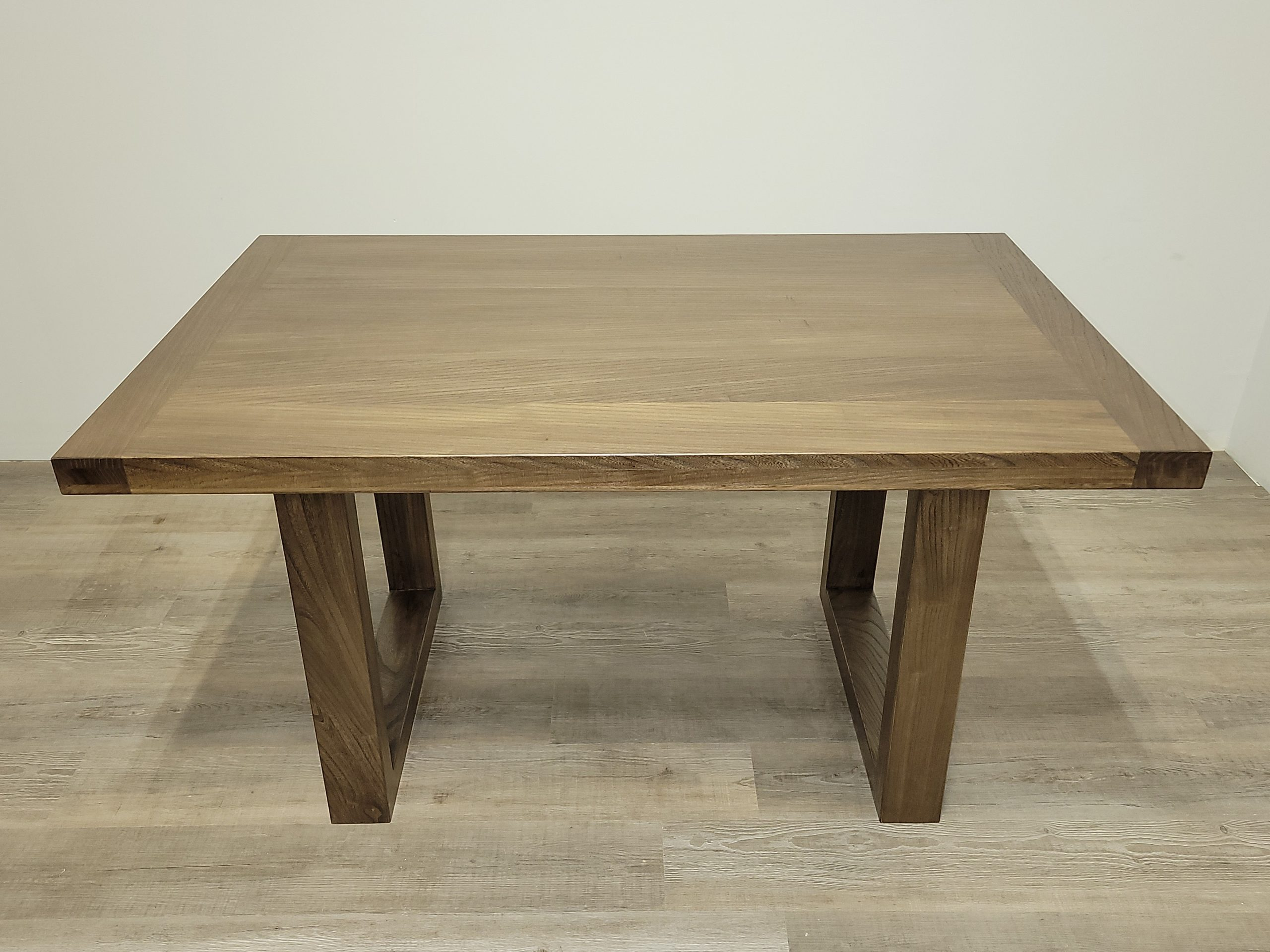 https://competitivewoodcraft.com/wp-content/uploads/2021/03/Coffee-Table-1-scaled.jpg