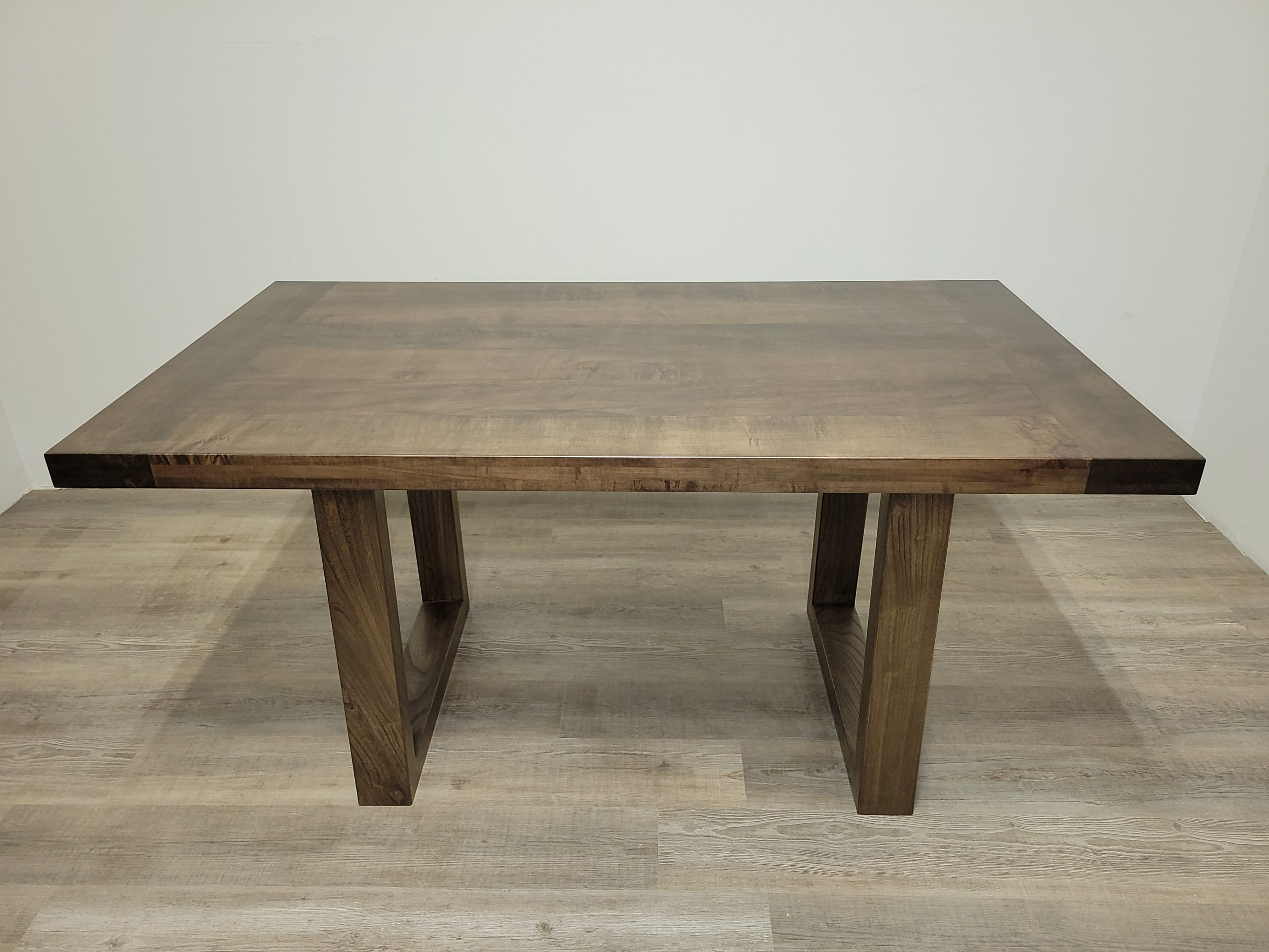 https://competitivewoodcraft.com/wp-content/uploads/2021/03/Coffee-Table-scaled.jpg